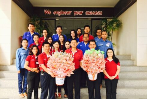 WCE had the great merit about participate in donation to procure the medical instruments at Bangsaphan Hospital as of 9 Sep 2015